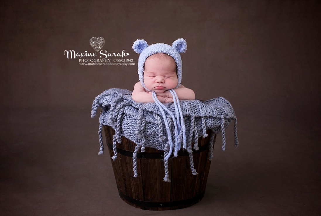 coventry and warwickshire newborn photographer