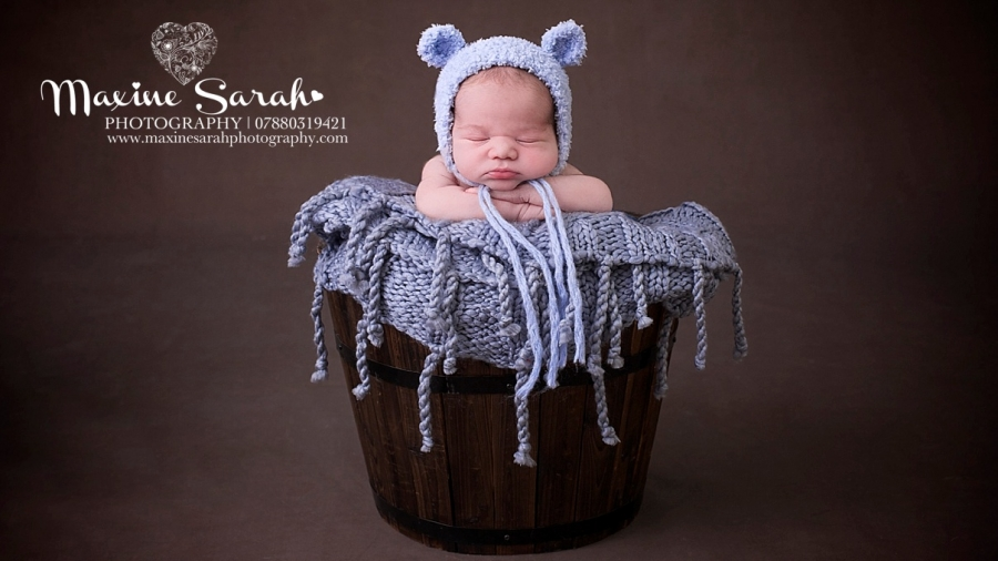 Solihull photographer maxine sarah photography · coventry newborn baby photogrpaher
